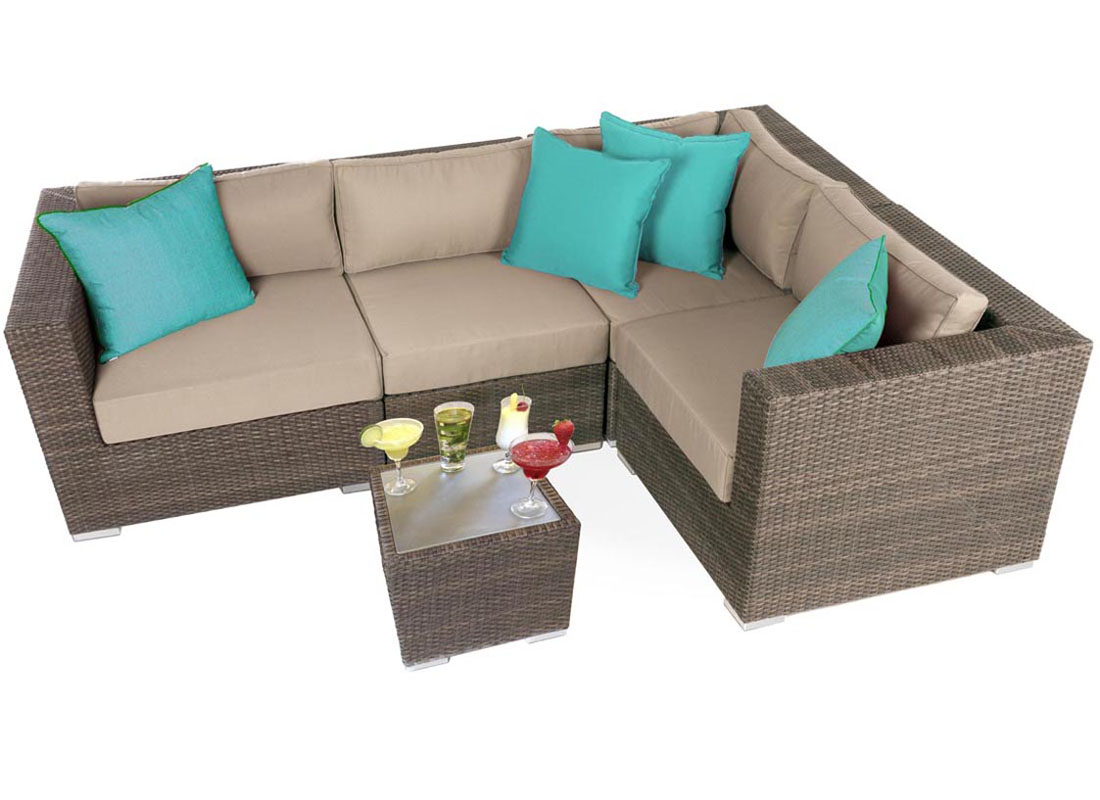 Liana urban outdoor furniture seating set ogni for Jardin urbain green bar
