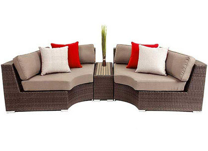 Demiluna three-piece outdoor furniture lounge sofa set