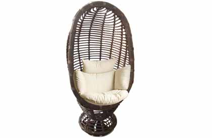Infinity model outdoor synthetic wicker pivoting swivel chair